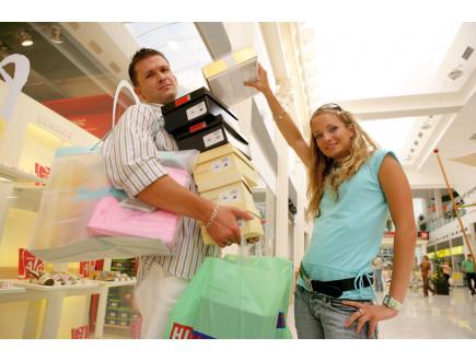 Zašto muškarci i žene nisu stvoreni za zajednički shopping?