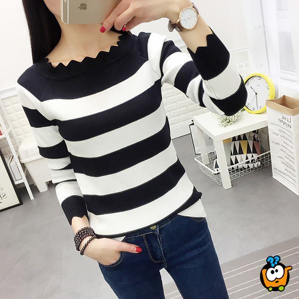 Prugasti cik cak džemper - Crno beli