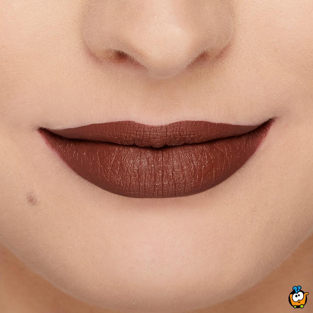 Melted matte tečni karmin za usne u mat boji - Naughty by Nature