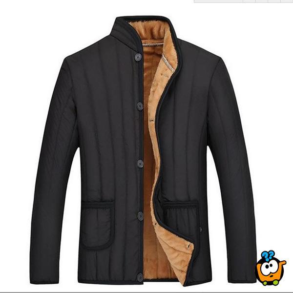 Elegantni kratki muški kaput sa zimskom postavom