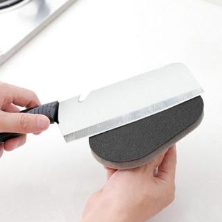 Sunđer-šmirgla sa rukohvatom za uklanjanje naslaga sa posuđa i ostalih površina