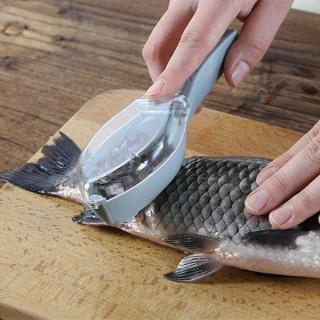 Praktično pomagalo za čišćenje krljušti ribe