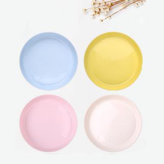 Plastični tanjir u pastelnim bojama