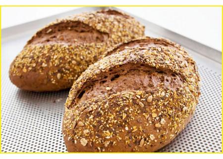 U Srbiji se godišnje pojede oko 100 kilograma hleba po osobi!