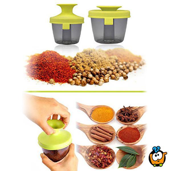 Moderan stalak za začine u kuhinji