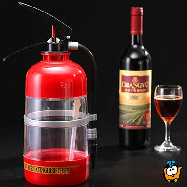 Točilica za piće u obliku vatrogasnog aparata