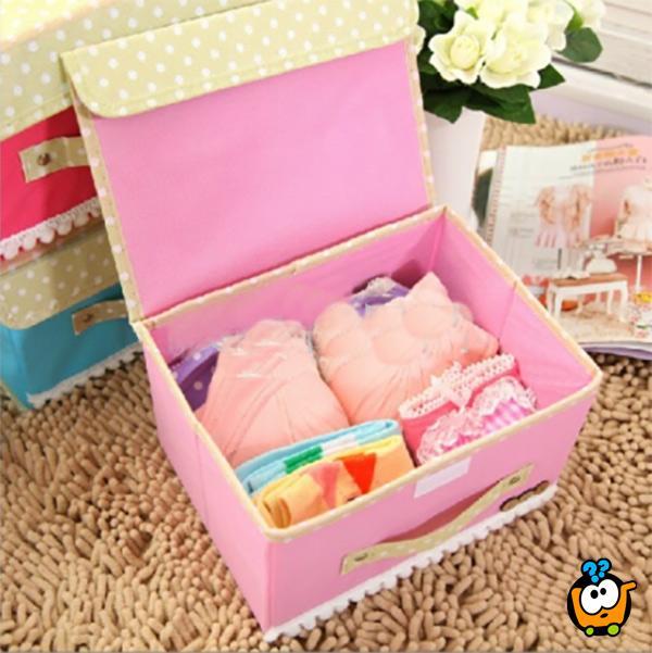 Dve dekorativne kutije – koferčeta za pakovanje poklona