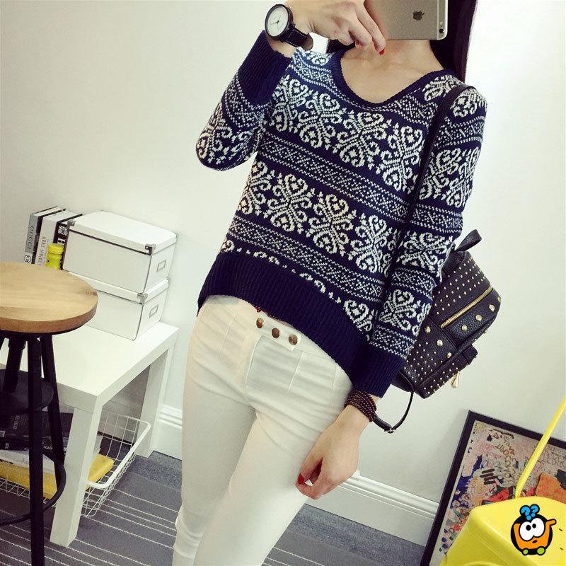 Trendy zimski džemper teget boje