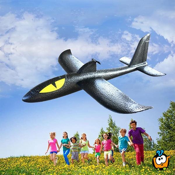 Airplane foam Electric – Magični električni avion izgrađen od specijalne pene sa propelerom