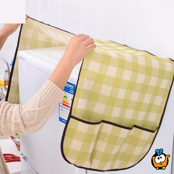 Multiple-use dust cover - Univerzalni prekrivač sa džepovima