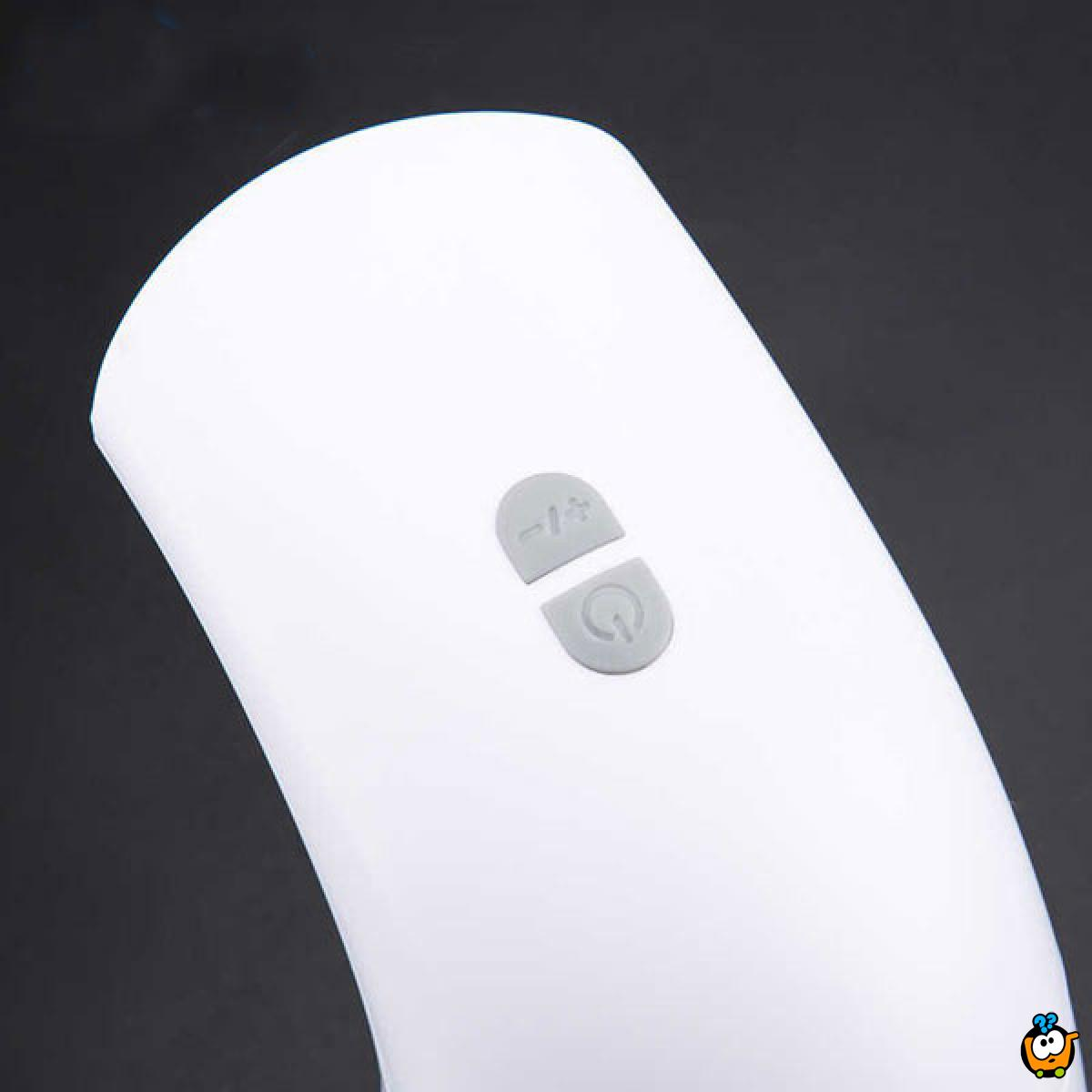 Dozer za tečni sapun na senzor koji pravi penu