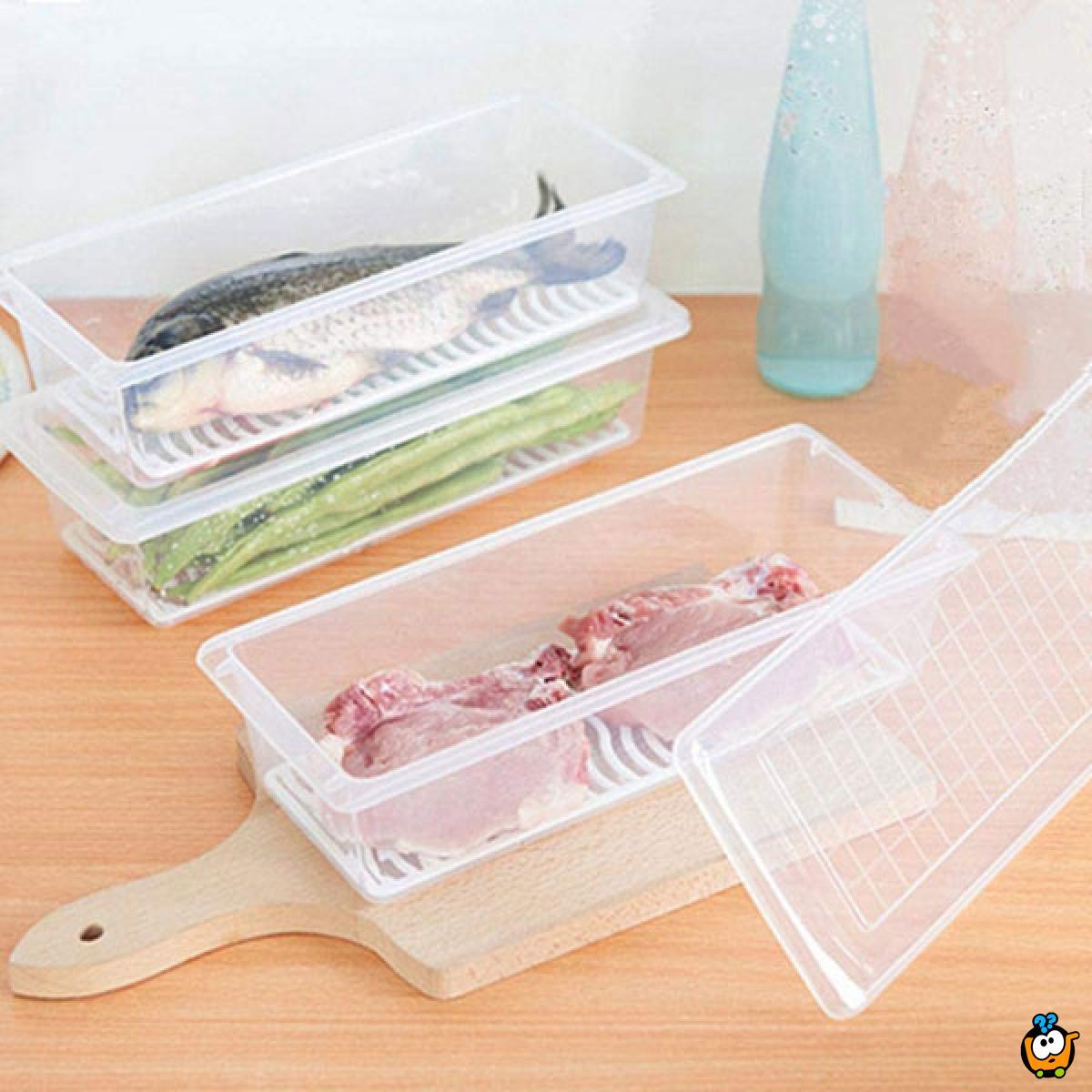 Kutija sa rešetkom i poklopcem za skladištenje namirnica