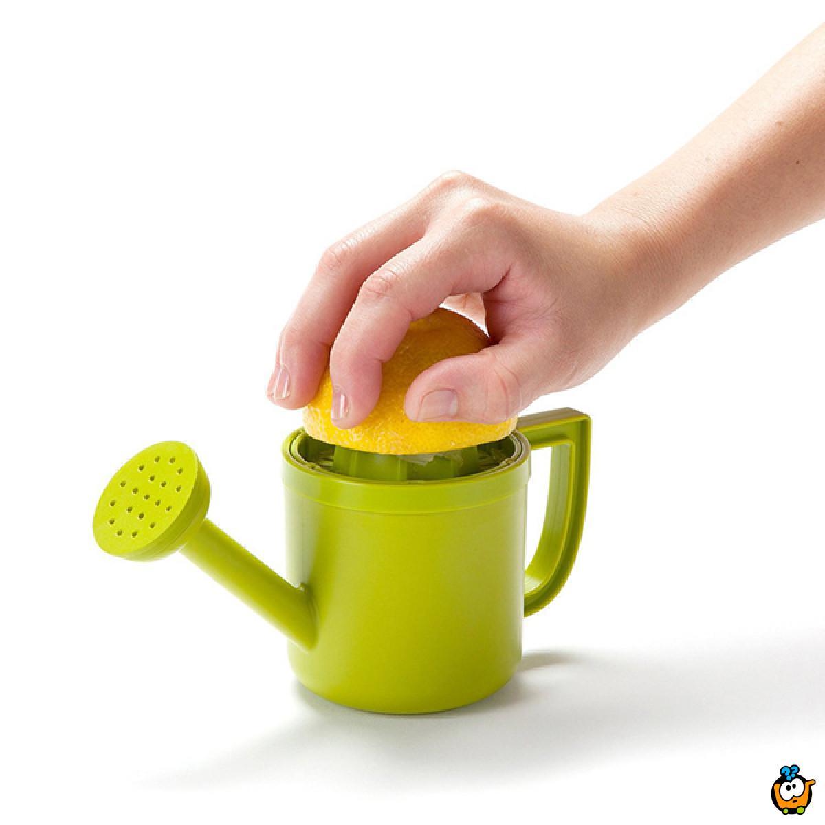 Lemon juicer - cediljka za limun