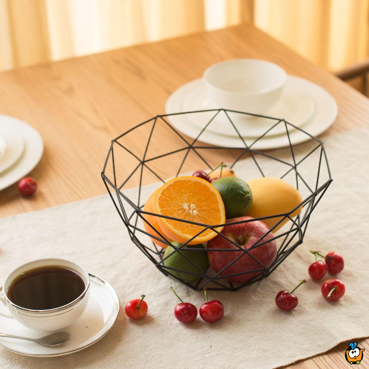 Mrežasta činija za voće u crnoj boji