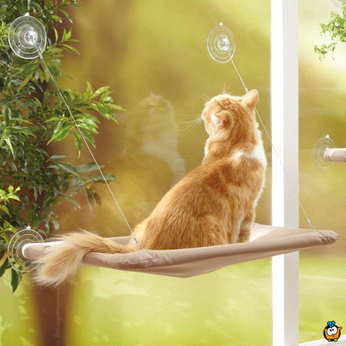 Ležaljka za mace koja se kači na prozor