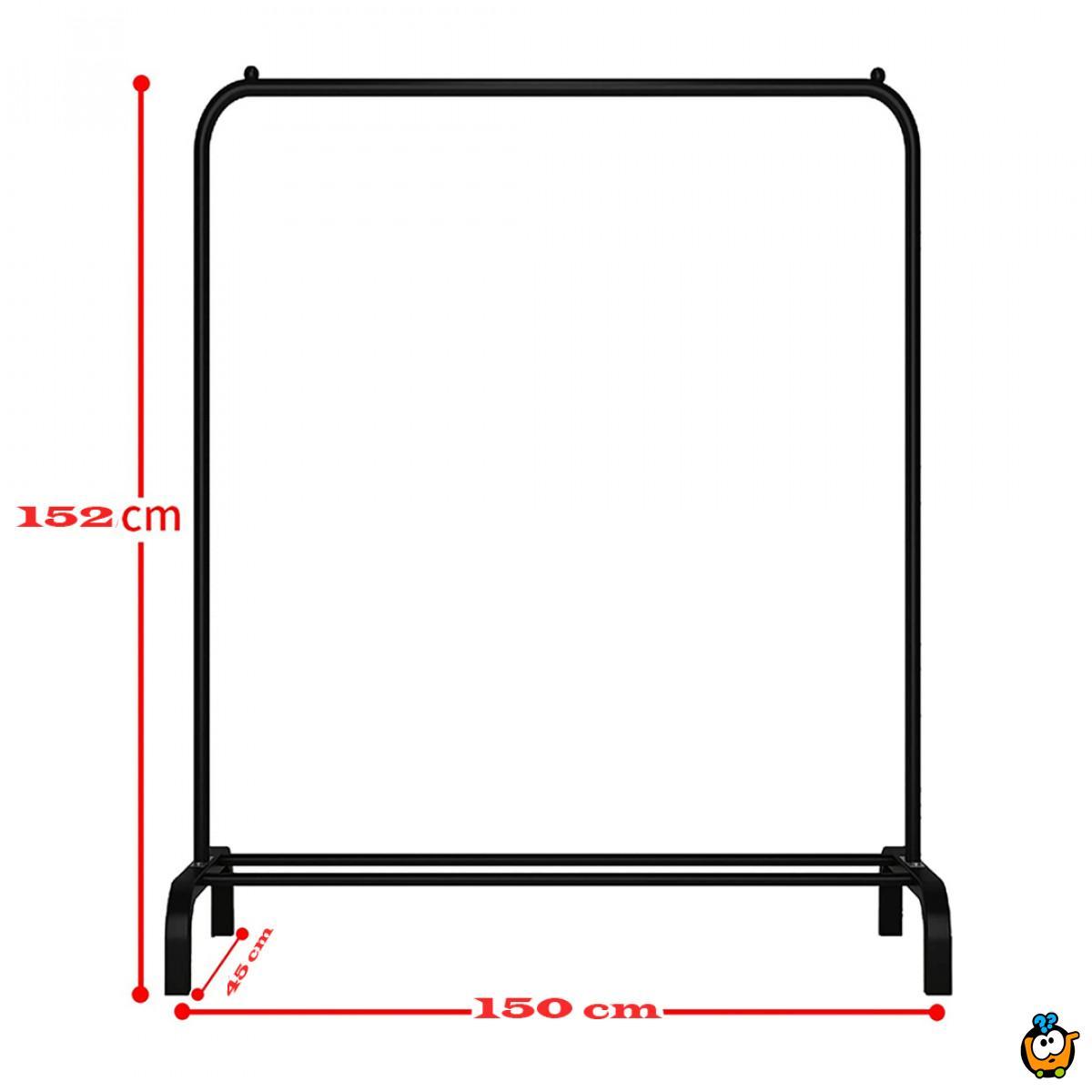 Prostrani crni stalak za odeću sa donjom policom
